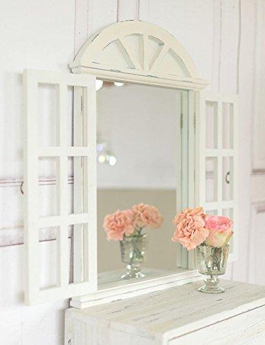 Weißer Wandspiegel mit Fensterläden in weißantik im charmantem Shabby Chic Stil